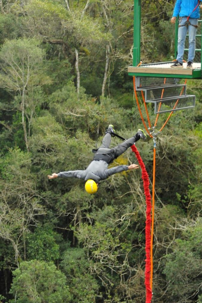Bungee jump na serra gaúcha